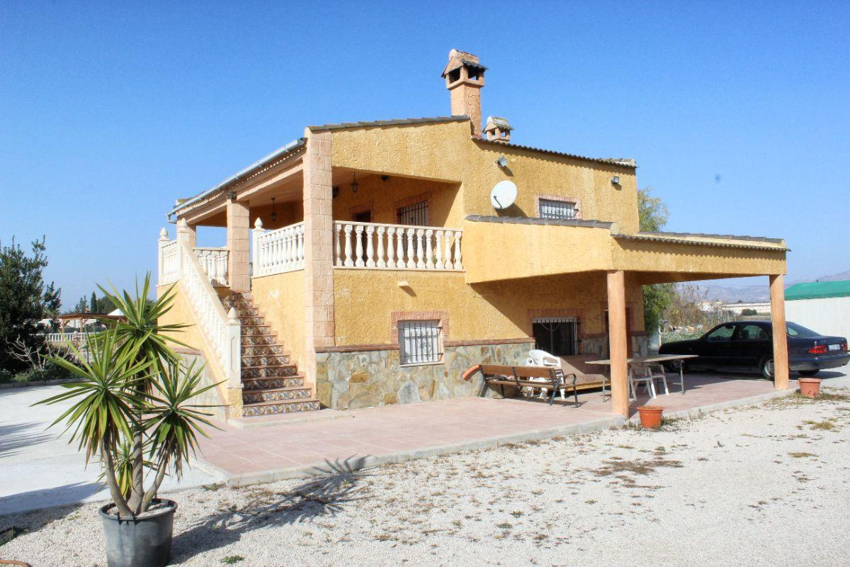 For sale of chalet in Catral