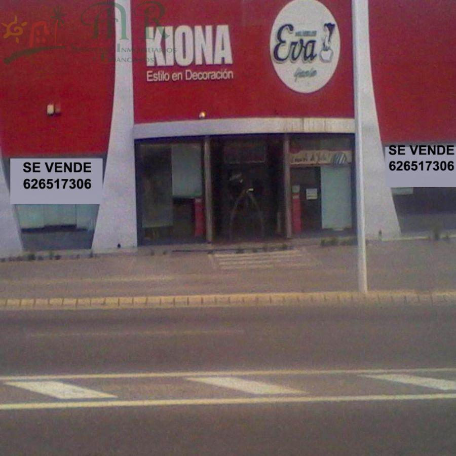 For sale of industrial plant/warehouse in Yecla
