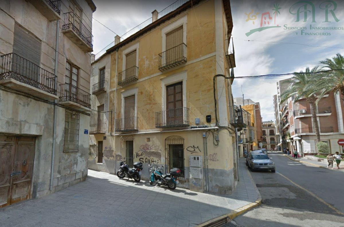 For sale of building in Orihuela