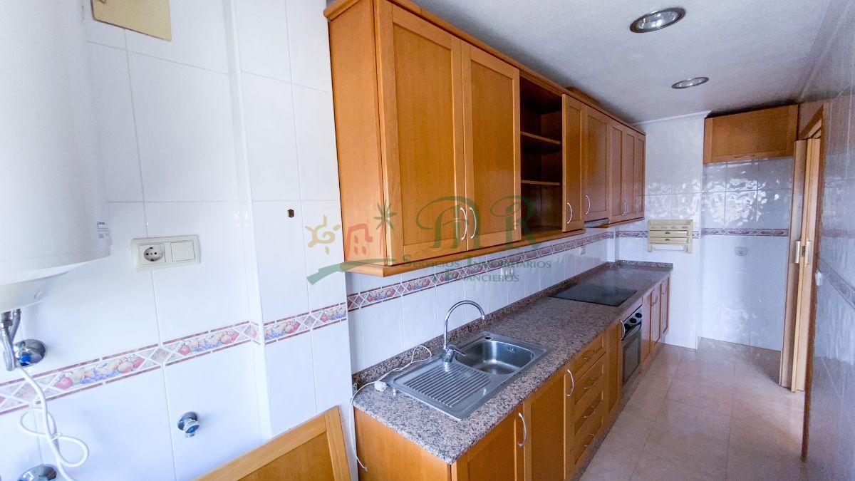 For sale of flat in Almoradí