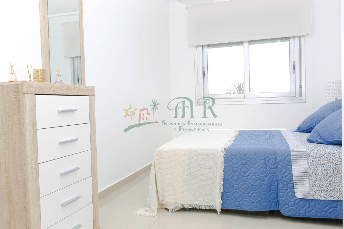 Venta de apartamento en Los Montesinos