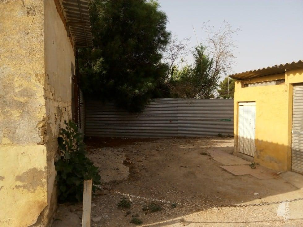 For sale of land in Almoradí