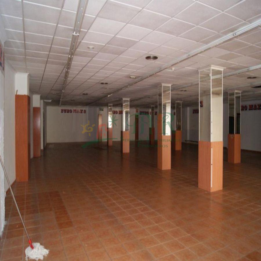 Venta de local comercial en Torrevieja