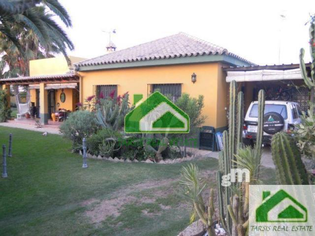 For sale of chalet in Sanlúcar de Barrameda
