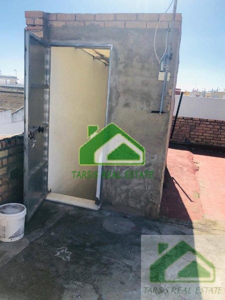 For sale of building in Chipiona