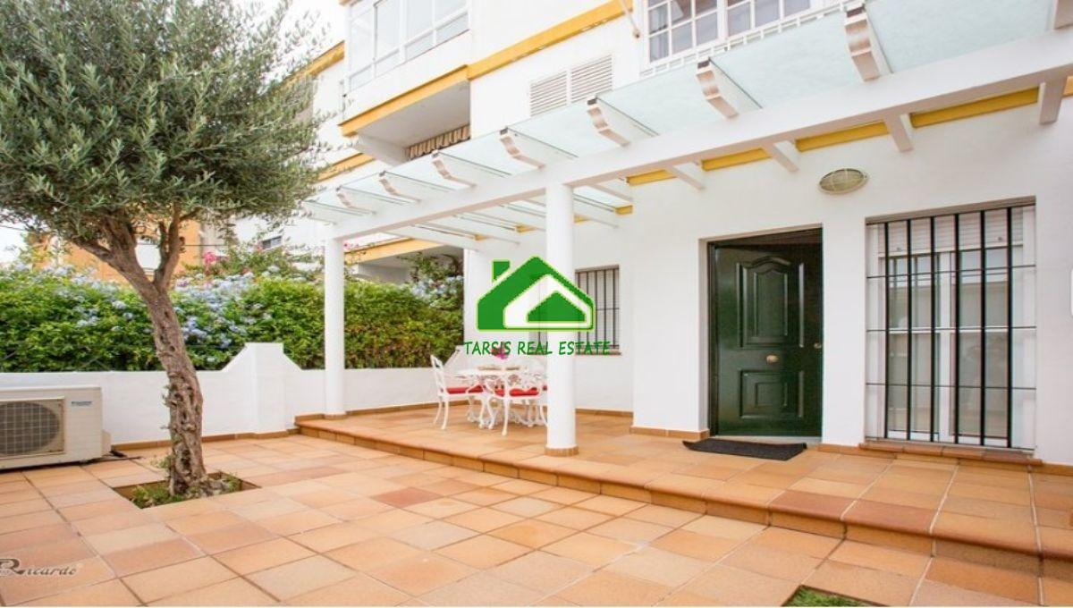 For rent of ground floor in Sanlúcar de Barrameda