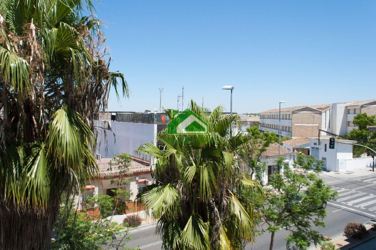 For sale of flat in Sanlúcar de Barrameda