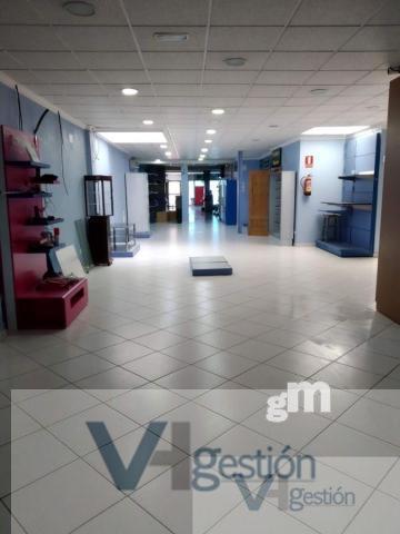 Alquiler de local comercial en Villamartín
