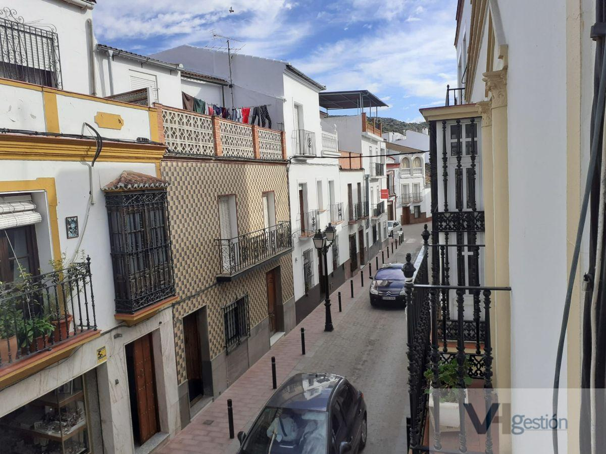 For sale of flat in Alcalá del Valle