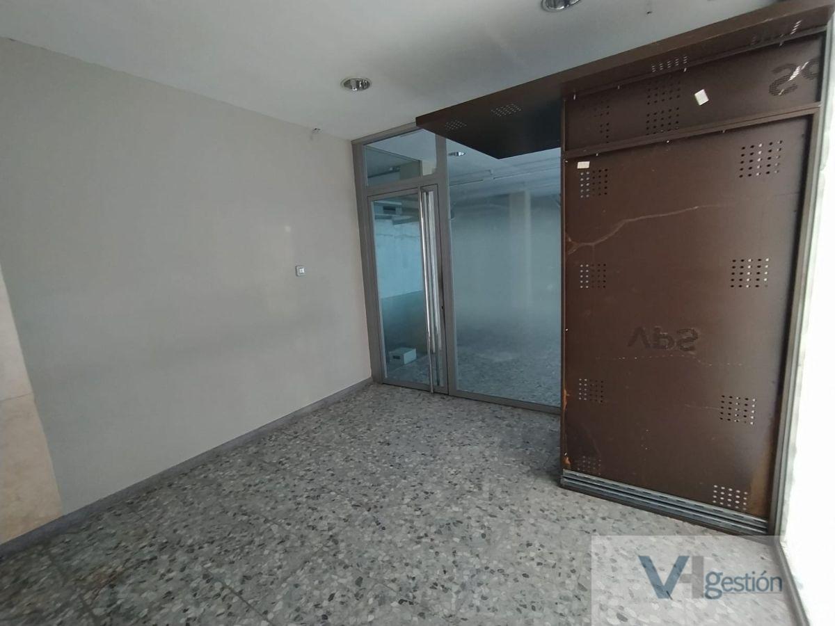 For sale of commercial in Villamartín