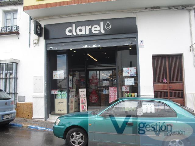 Venta de local comercial en Villamartín