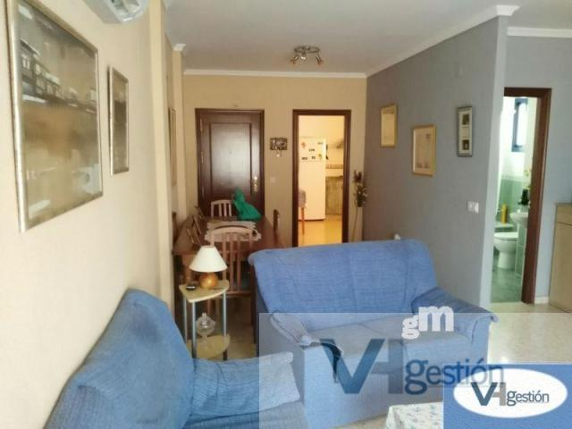 For sale of flat in Villamartín