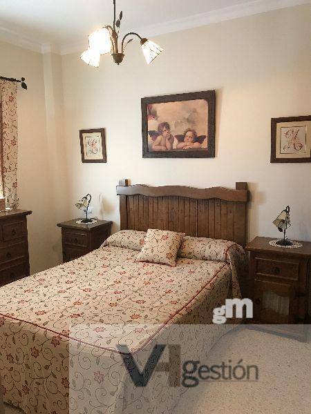 For sale of flat in Villamartín