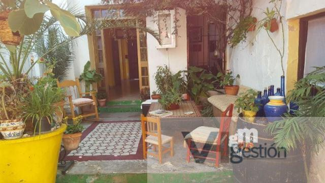 For sale of house in Villamartin