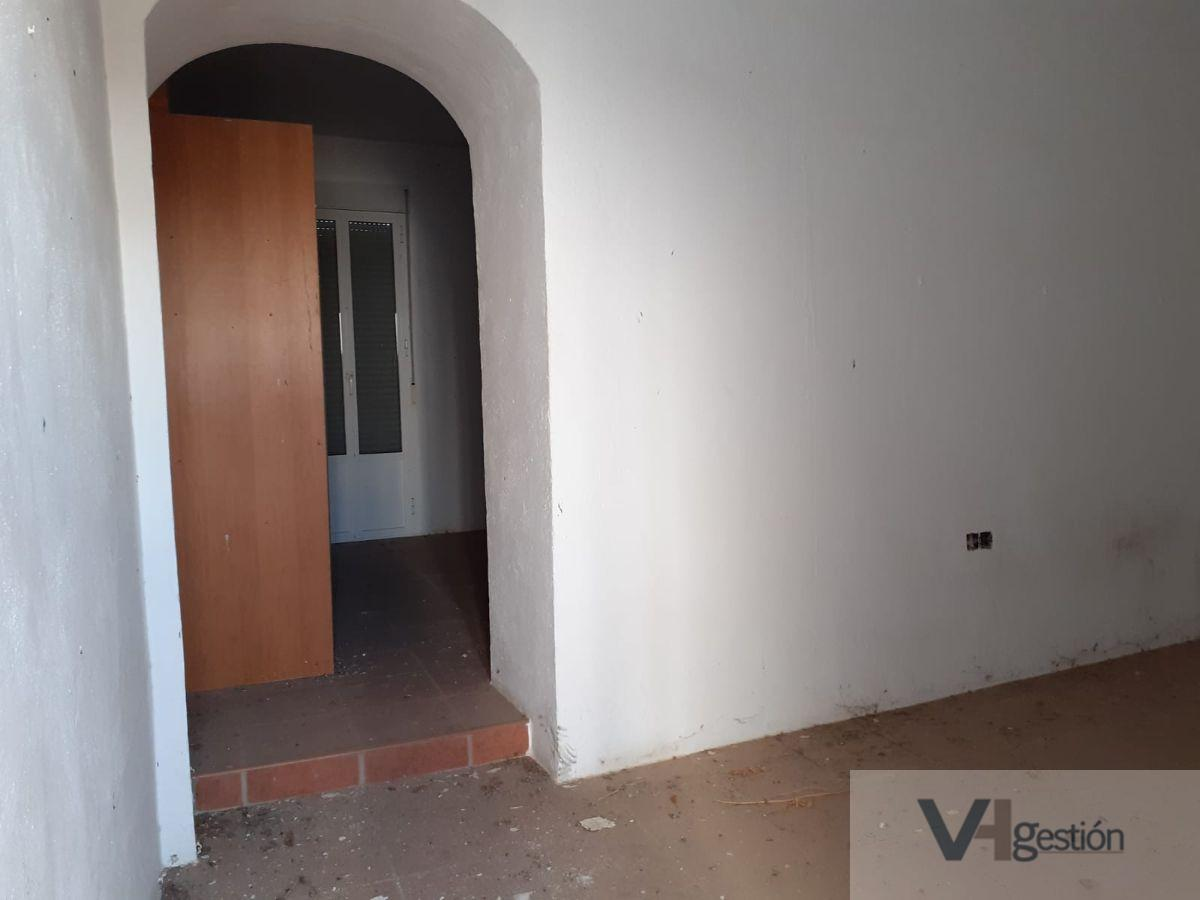 For sale of house in Bornos