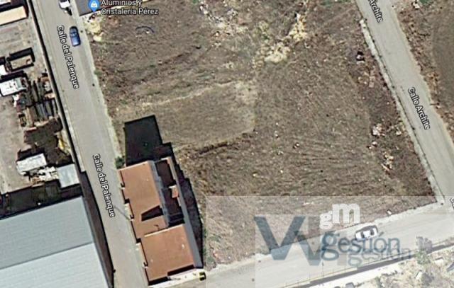 Venta de terreno en Villamartín