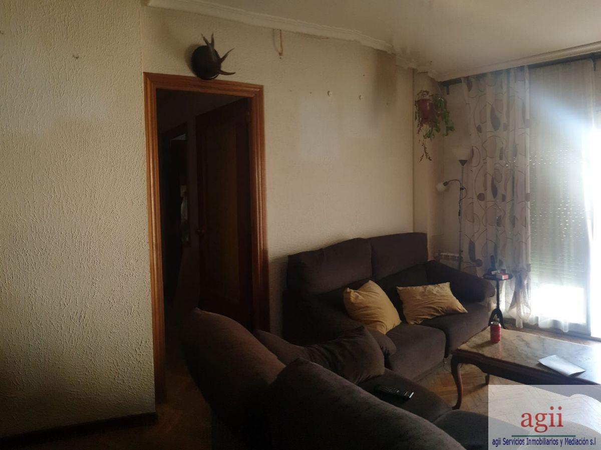 For sale of flat in Alcalá de Henares