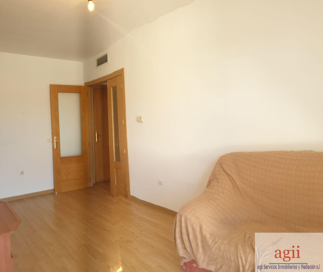For sale of apartment in Borox
