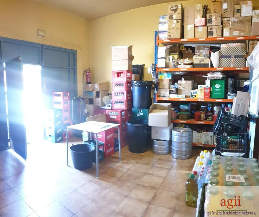 Venta de local comercial en Dosbarrios
