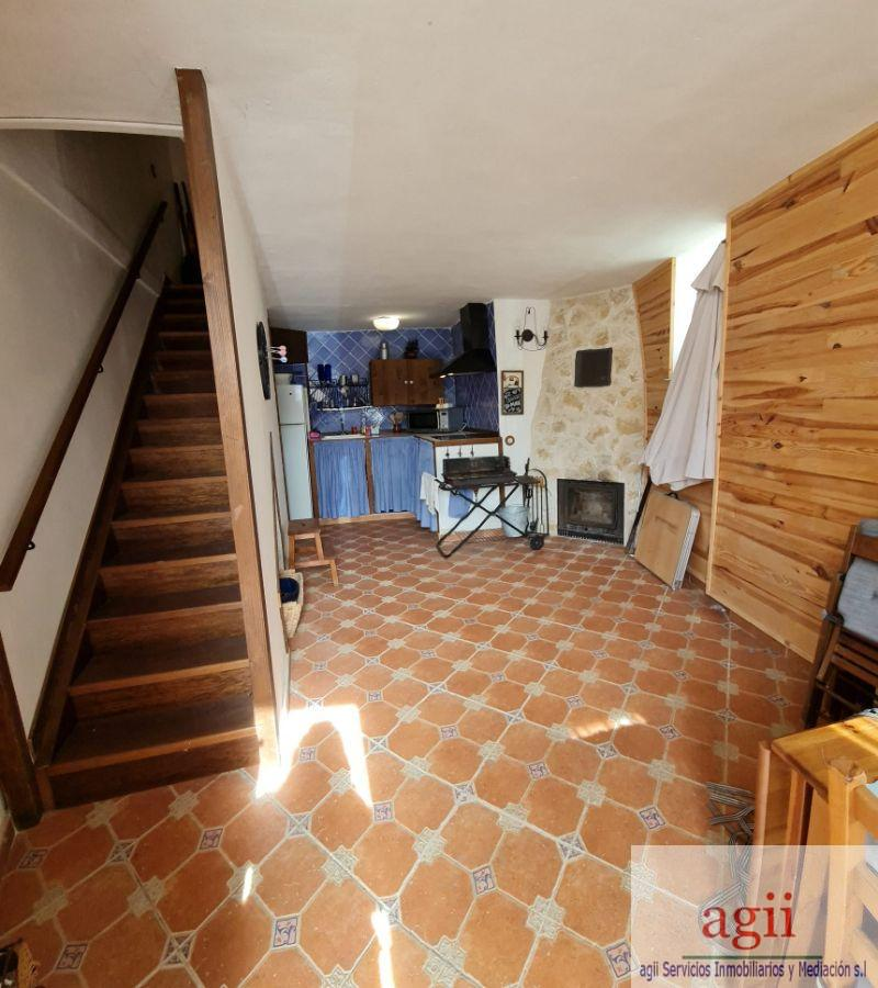 For sale of house in Fuentelviejo