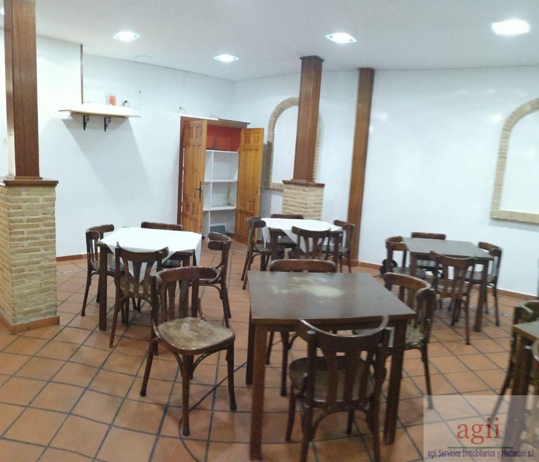 For rent of commercial in Alovera