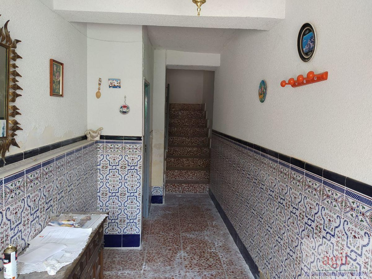 For sale of house in Albares