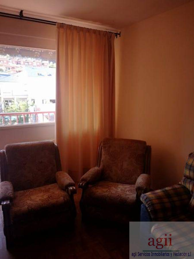 For sale of flat in Chiloeches