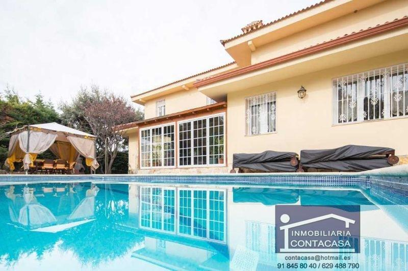 For sale of chalet in Colmenar Viejo