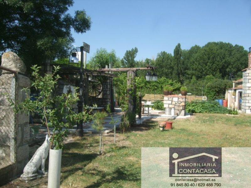 For sale of rural property in Soto del Real