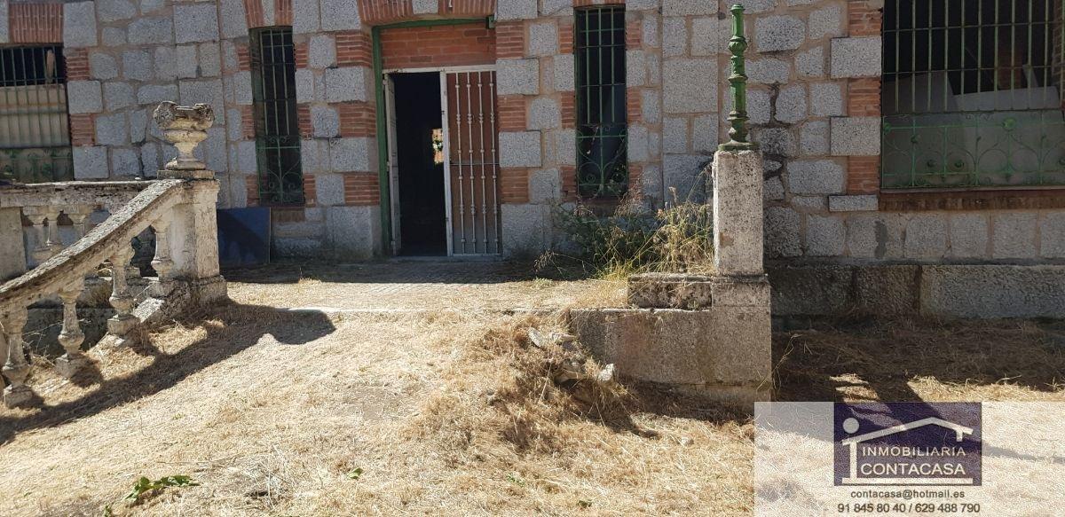 Venta de edificio en Colmenar Viejo