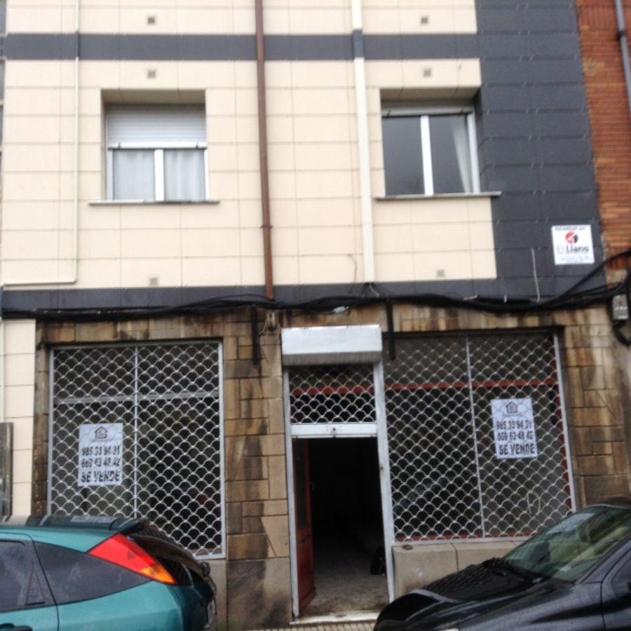 For sale of commercial in Gijón