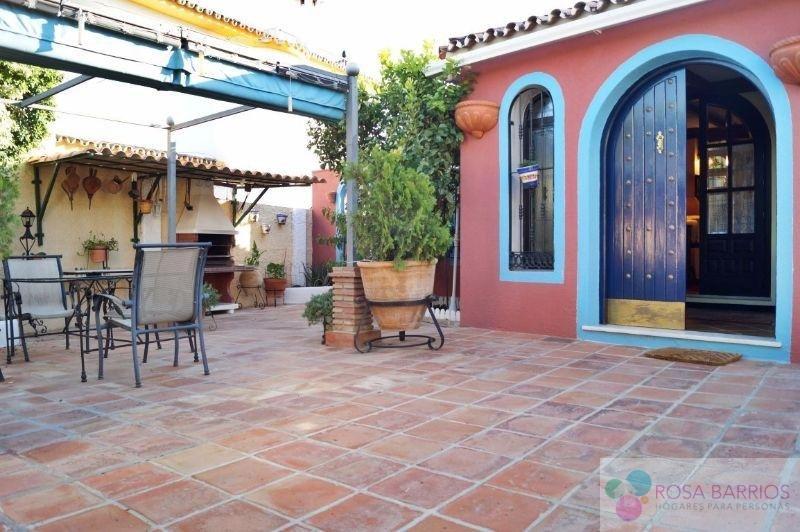 For sale of chalet in San Pedro de Alcántara