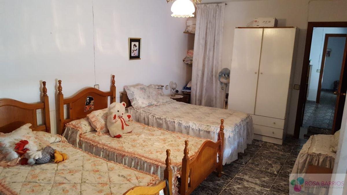 For sale of house in Jimena de la Frontera