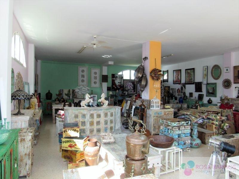 Zu verkaufen von ladenlokal in  Estepona