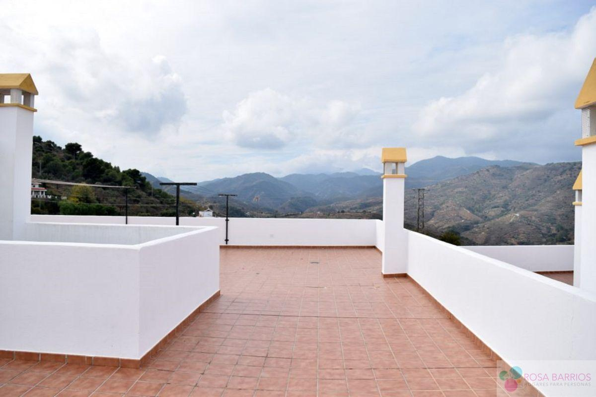 For sale of new build in Guaro