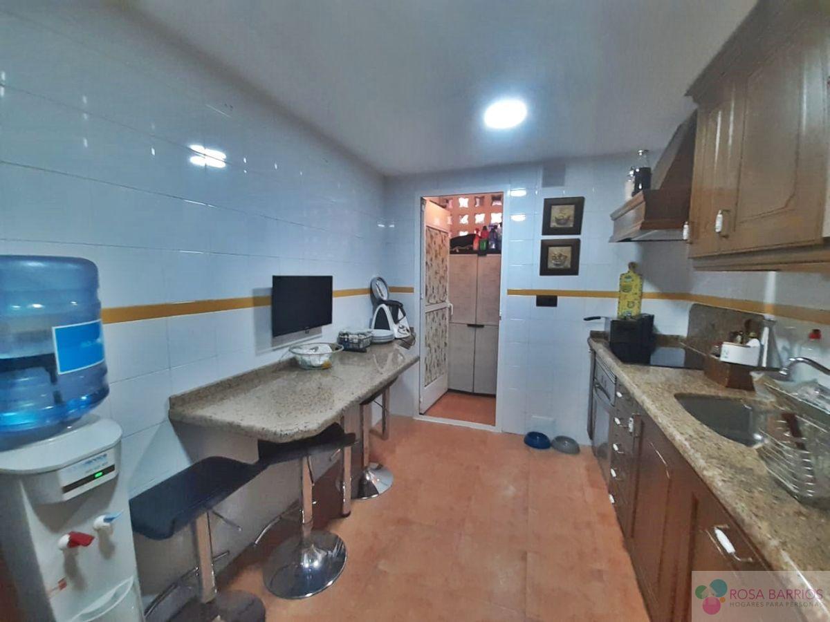 For sale of ground floor in San Pedro de Alcántara