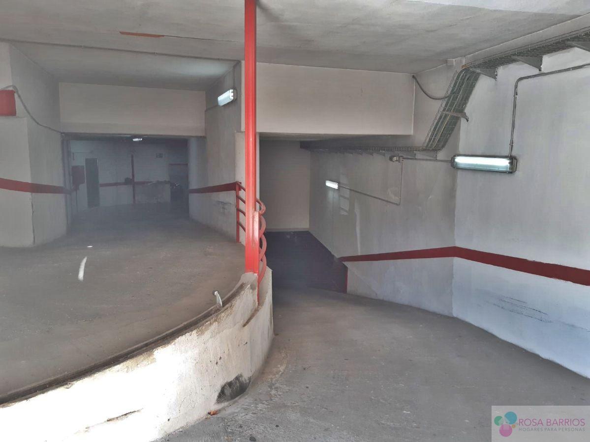Zu verkaufen von garage in  San Pedro de Alcántara
