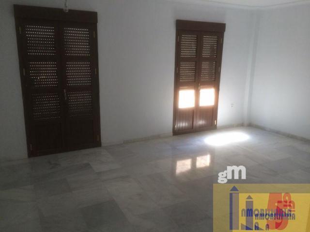 For sale of flat in La Algaba