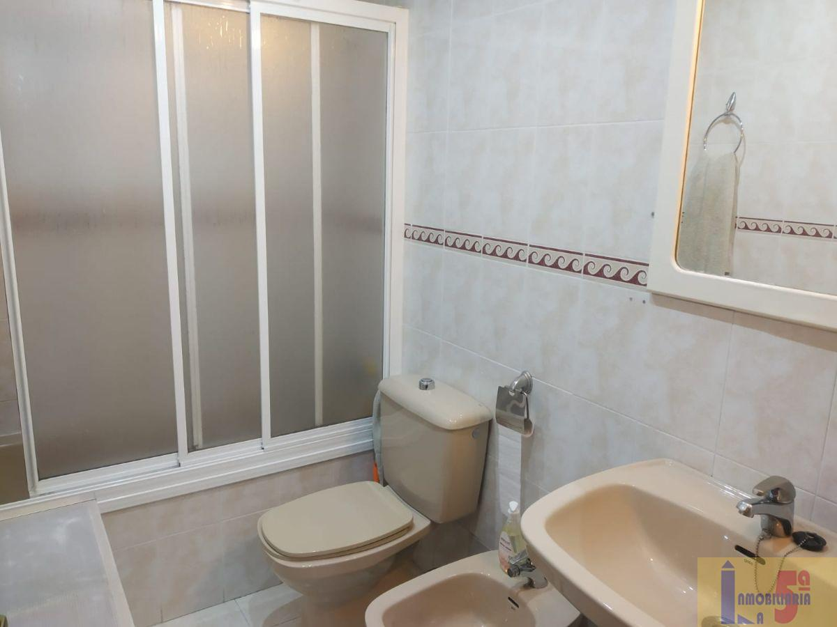 For sale of flat in La Algaba