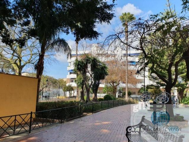 For sale of commercial in Fuengirola