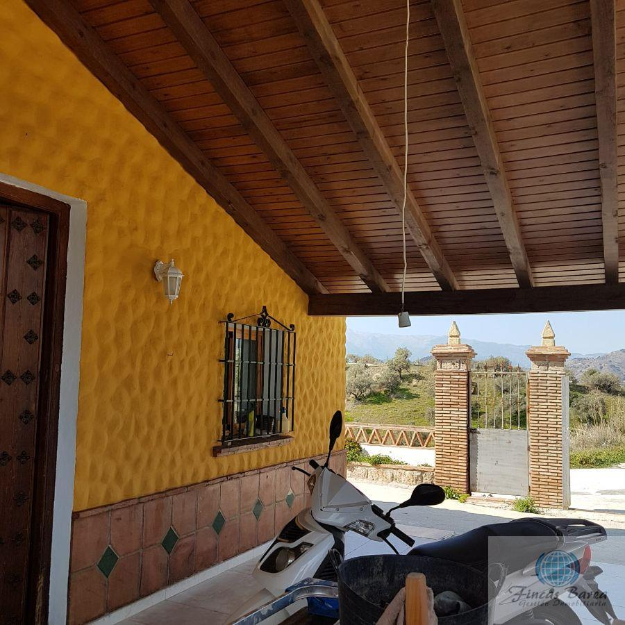 For sale of house in Coín
