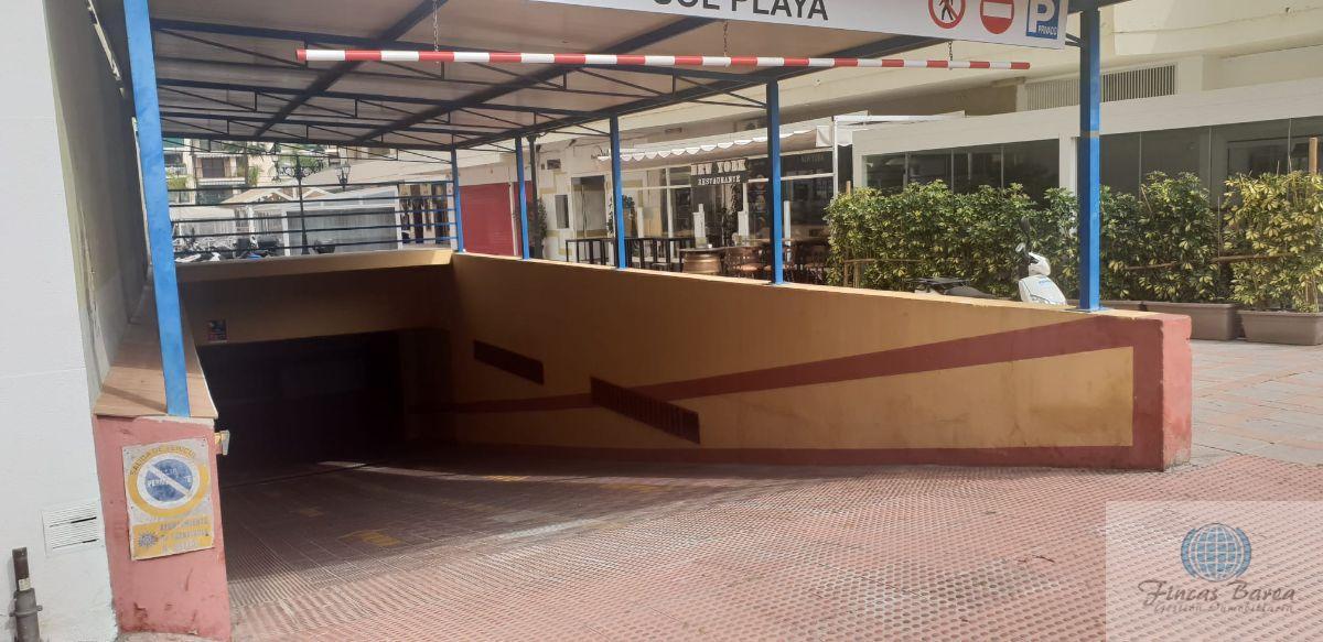 For rent of garage in Fuengirola