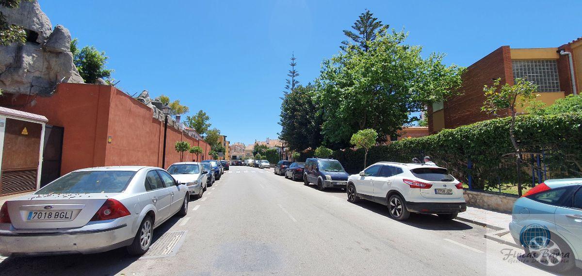 For sale of garage in Fuengirola
