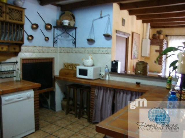 For sale of chalet in Coín