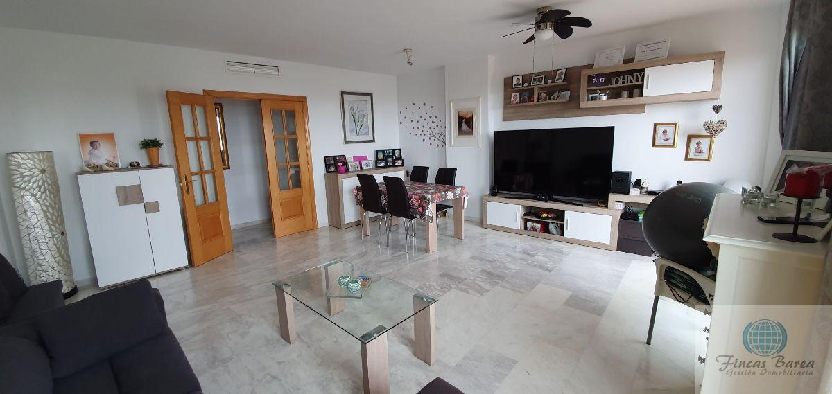 For sale of penthouse in Benalmádena Costa