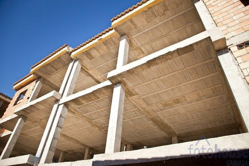 Venta de edificio en Padul