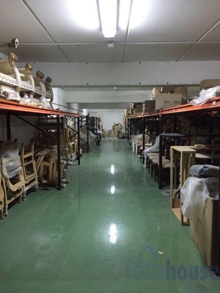Venta de local comercial en Ogíjares