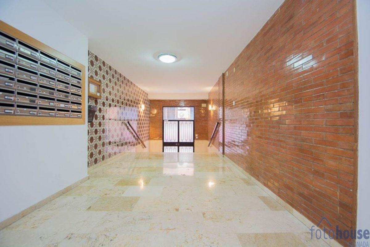 Venta de piso en Granada