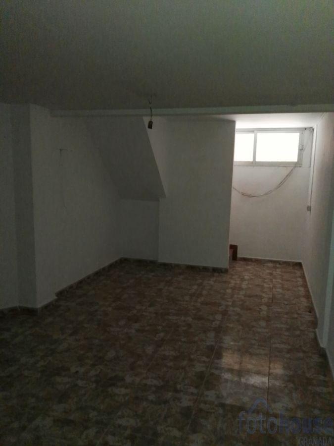 Venta de piso en Cájar