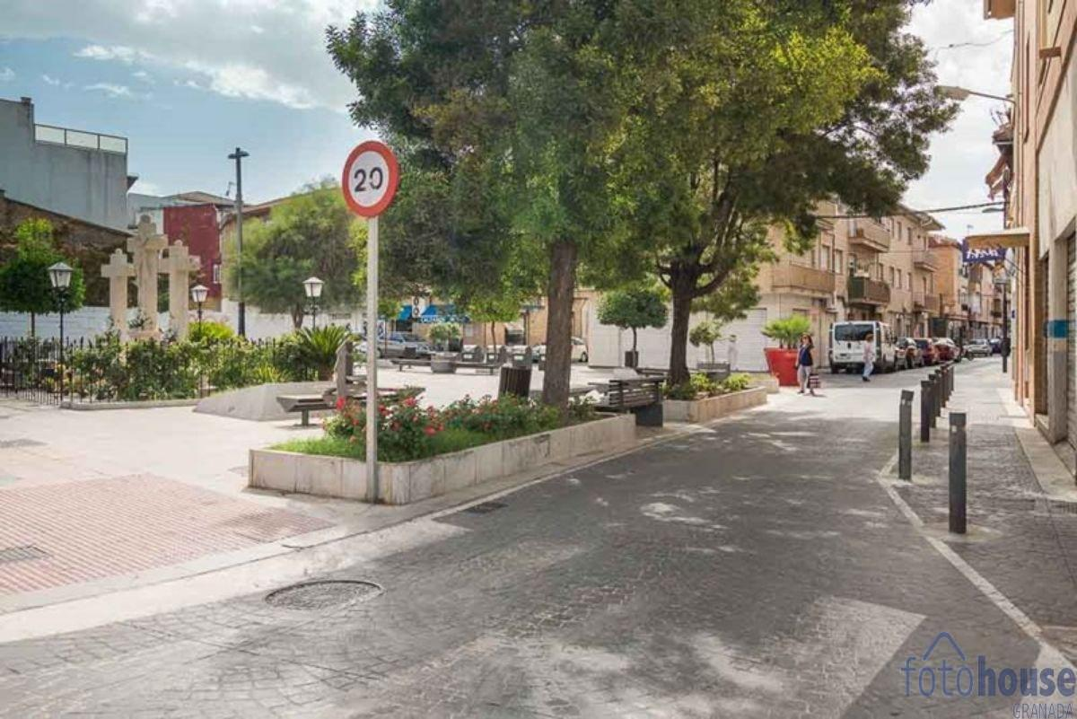 Venta de local comercial en Armilla